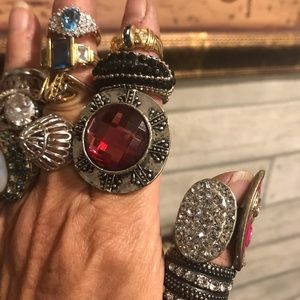 COSTUME FASHION RINGS LOT OF 18